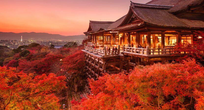 kiyomizudera-temple-dusk-830x450
